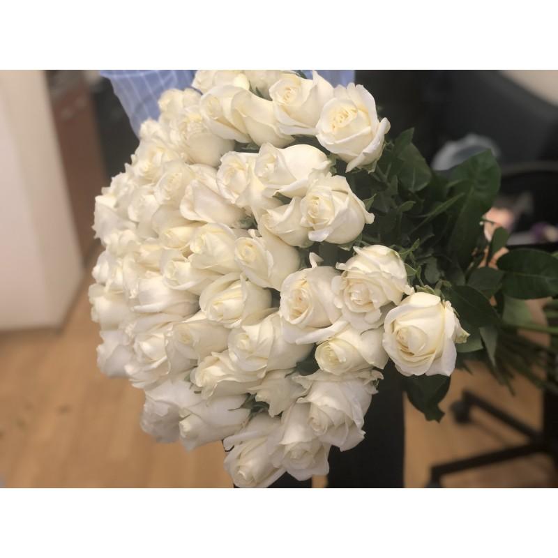 51 белая роза Вайт Шоколад